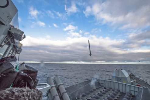 HMS Argyll Shows Firepower on Exercise Bersama Lima