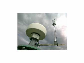 Rugged Antenna System Conquers Harshest Ocean Environments