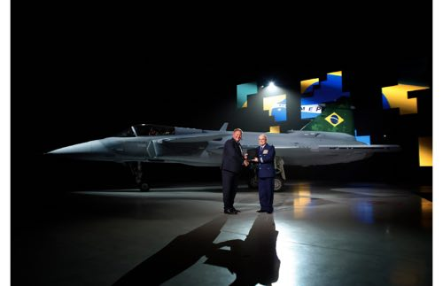 Saab Presents First Gripen E to Brazil
